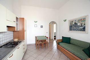 Ferienwohnung Toskana Villa am Meer - Wohnkueche