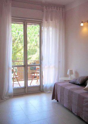 Apartment Florenz 56169-2 - Wohnzimmer  mit Terrasse
