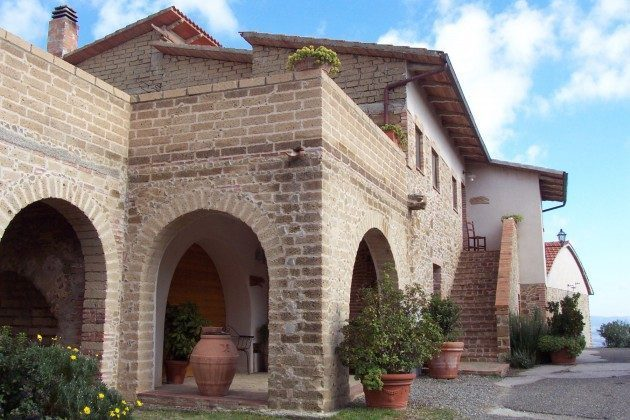Aufgang Santa Marta Toskana Ferienwohnungen auf Weingut Ref. 1892
