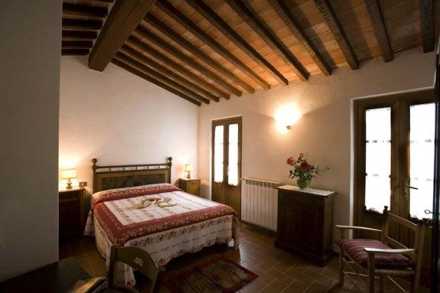 Schlafzimmer Ciliegiolo und IL Mammolo  Toskana Ferienwohnungen auf Weingut Ref. 1892