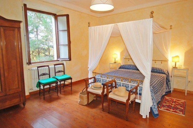 Doppelbett - Ferienhaus Toskana Marsiliana Ref. 22649-18