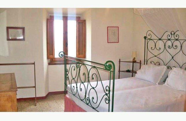 Schlafzimmer 2 Marsiliana Ferienwohnung 22649-8