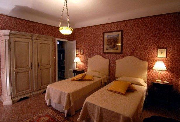 Schlafzimmer 2 Ferienhaus Ref. 162283-3