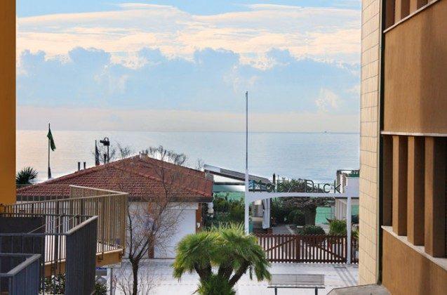 der Blick bis zum Meer Camaiore Ferienwohnung Ref. 93914-26