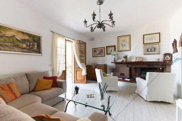 Wohnzimmer  Ferienhaus in der Toskana
