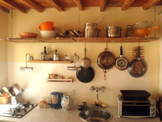 Küchenzeile mit Spühl-, Waschmaschine und kl. Backrohr