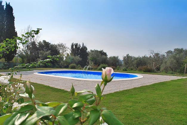 Landhaus Ref. 144294-1  Garten mit Pool