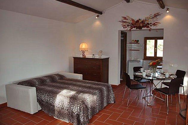 Bett 1 Cecina Cottage Ref 30612-3
