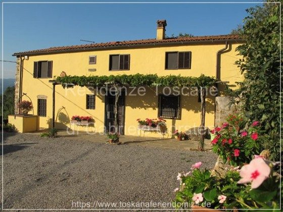 Maximale Privatsphäre: LA CASA DELLA MADONNA ist ein alleinstehendes, ca. 200 Jahre altes Bauernhaus zur Alleinnutzung.