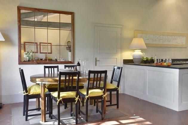 Toskana Ferienhaus 22649 - 3 - Wohnzimmer mit Panoramablick