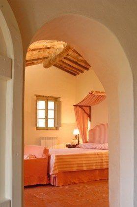 Toskana Ferienhaus 22649-7 - Doppelbettschlafzimmer