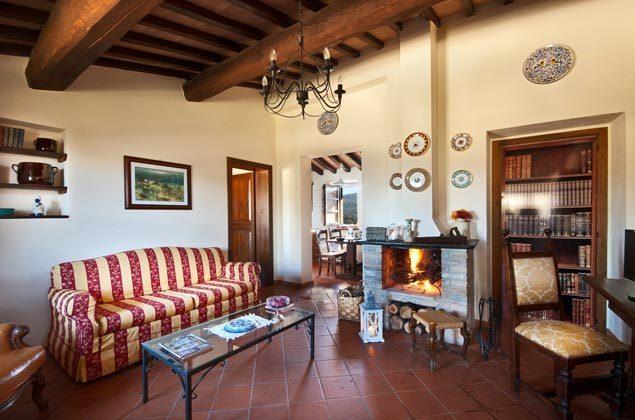 Italien / Umbrien / Landgut Cattaneo / 10 Ferienwohnungen für 2-6 Personen / App. La Torre