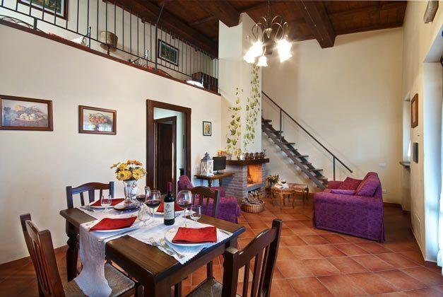 Italien / Umbrien / Landgut Cattaneo / 10 Ferienwohnungen für 2-6 Personen / Trilo-App.