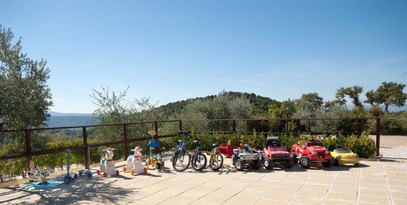 Italien / Umbrien / Landgut Cattaneo / 10 Ferienwohnungen für 2-6 Personen / Hausansicht