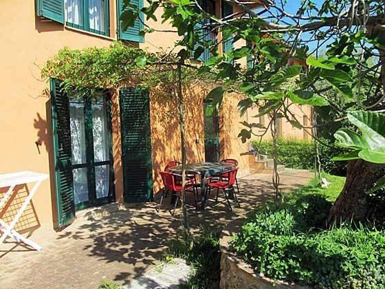 Umbrien Landgut Raffaella Wohnung Fico Terrasse