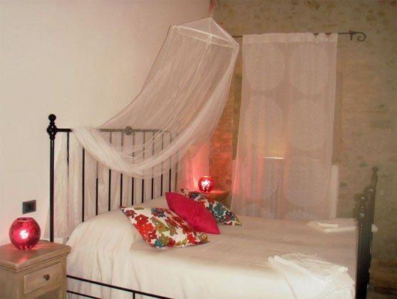 Umbrien Perugia Ferienwohnungen UmbertideIl Molino Schlafzimmer