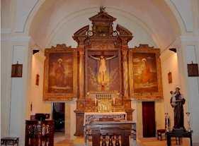 Ferienwohnungen in altem Kloster San Francesco Altar