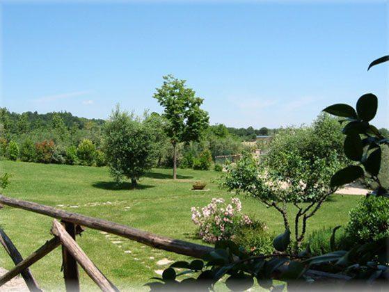 Ferienwohnungen-2223-1-Aussicht-Terrasse