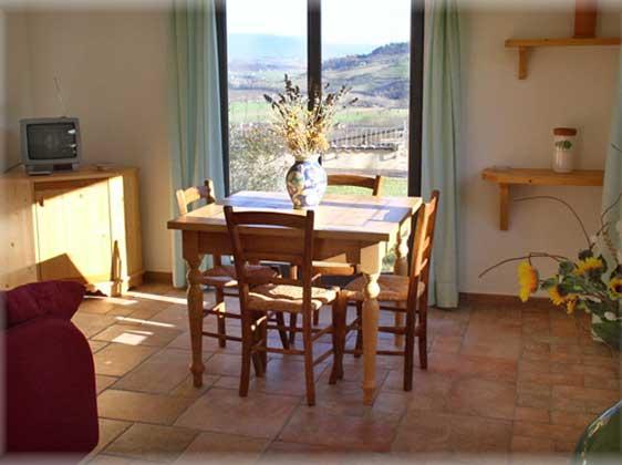 Ferienwohnungen-2223-Il-Girasole-Wohn-Essbereich