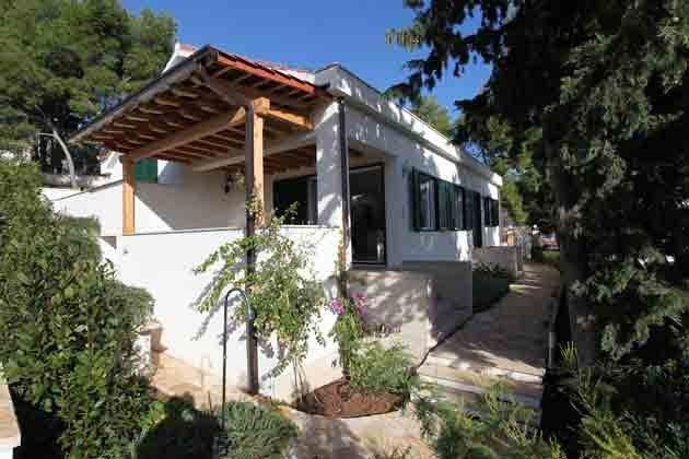 Aufgang zum Haus und Terrasse - Objekt 138495-15