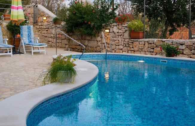 der Pool  Bild 1 - Objekt 138495-28