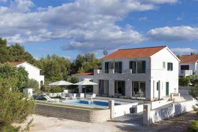 Ferienhaus und Pool - Bild 2 - Objekt 138495-31