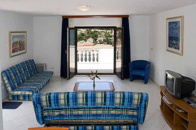 Pucisca Fewo 3 (bis 8 Personen) Wohnraum
