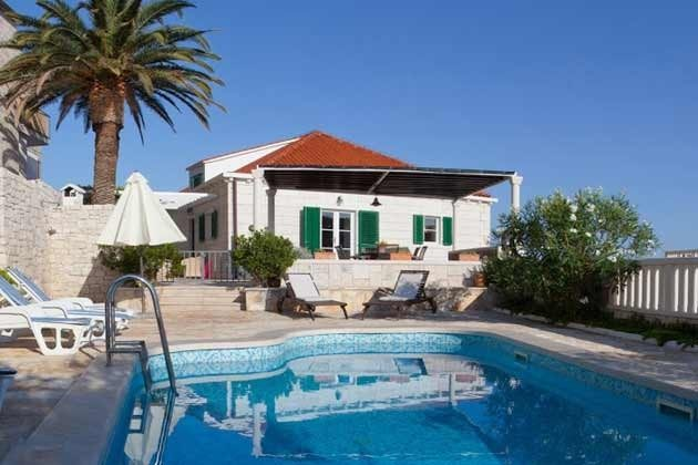 Haus und Pool - Bild 2 - Objekt 138495-10