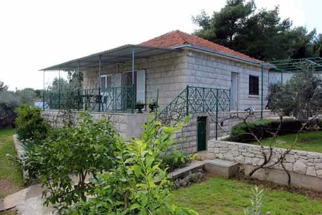 Ferienhaus mit Garten in Sumartin