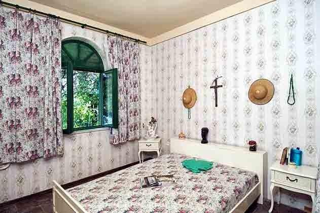 Schlafzimmer 1 von 3 - Objekt 138495-17