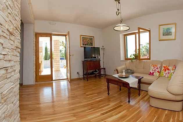 Wohnbereich mit Terrassentür