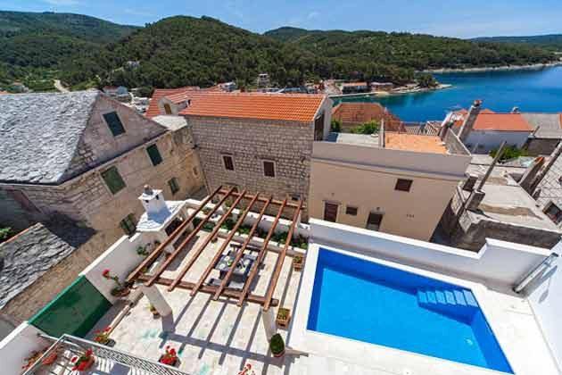 Pool und Terrasse - Bild 1 - Objekt 138493-22