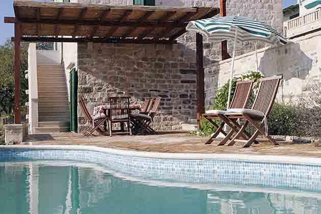 Treppe vom Haus zum Poolbereich - Objekt 138495-9