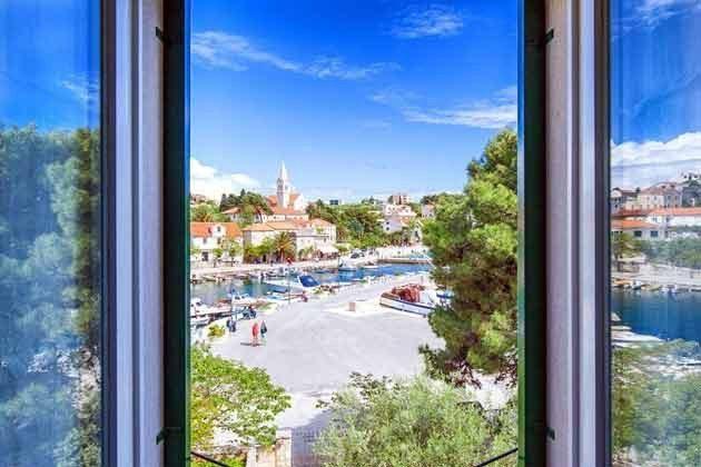 Blick aus einem der Fenster - Objekt 138495-9
