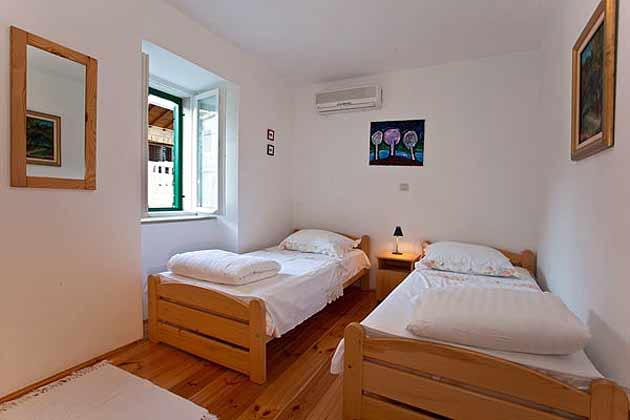 Schlafzimmer 2 im 1. Stock - Objekt 138495-9