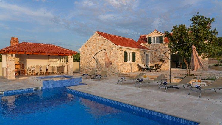 Ferienvilla, Pool und Sommerküche  - Objekt 138495-37