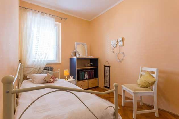 Schlafzimmer 2 - Bild 2 - Objekt 192577-84