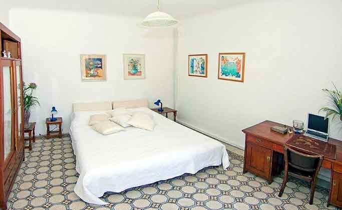 A1 Schflafzimmer 1