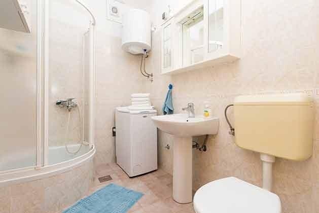 Duschbad mit Waschmaschine - Bild 2  - Objekt 94599-37