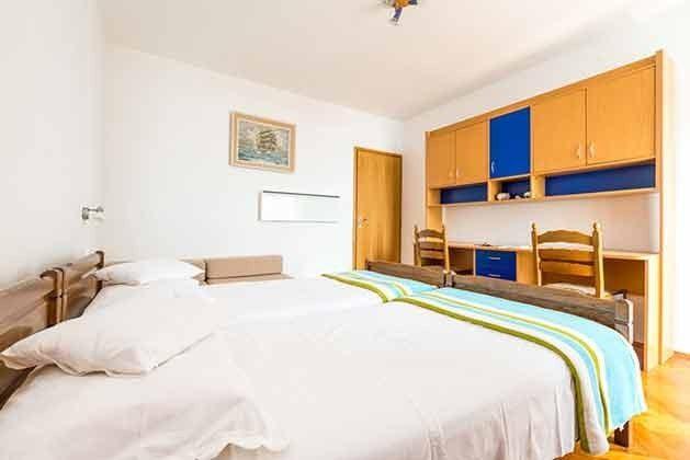 Schlafzimmer 2  - Bild 2 - Objekt 94599-37