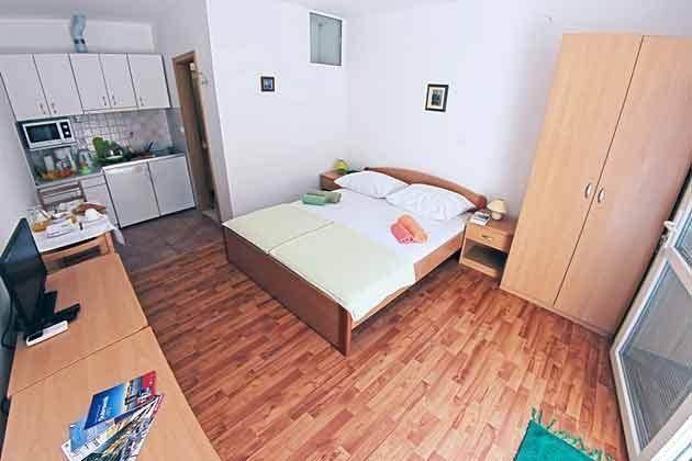 Schlaf + Küchenbereich
