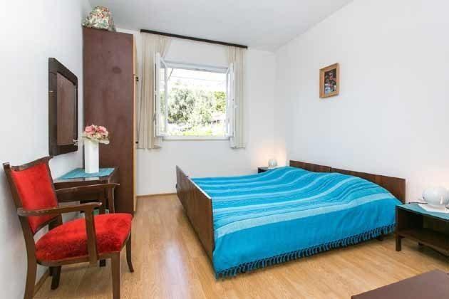 Schlafzimmer 2 Ref 2001-1