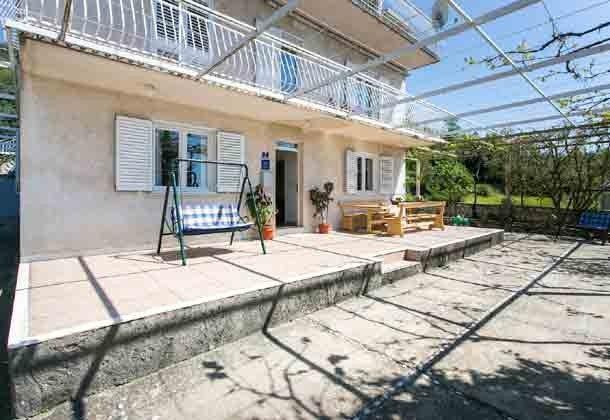 Terrasse vor dem Haus Ref 2001-1 Bild 3