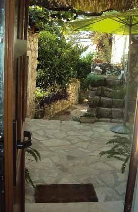 Blick aus der Tür der Wohnküche  - Objket 192577-62