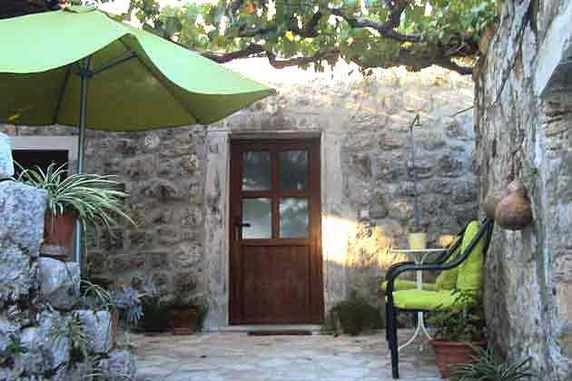 Eingang zur Wohnung - Ref  2001-62