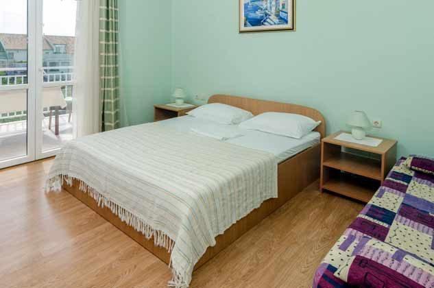 Schlafzimmer 1 von 5 - Bild 1 - Objekt 2001-80