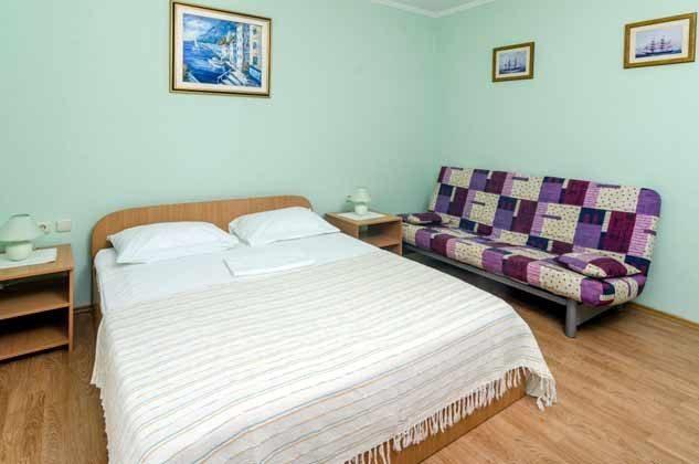 Schlafzimmer 1 von 5 - Bild 2 - Objekt 2001-80