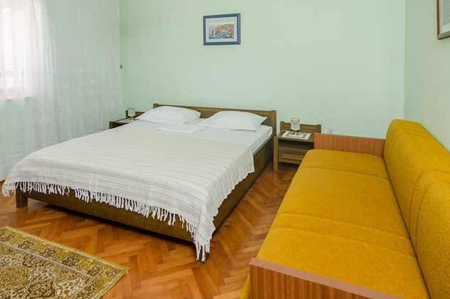 Schlafzimmer 3 von 5 - Objekt 2001-80