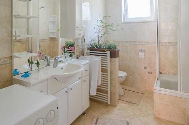 Duschbad 1 von 4 - Objekt 2001-80