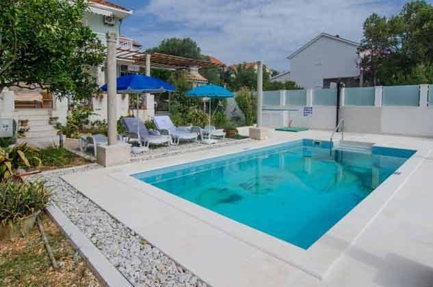 der Pool - Bild 1 - Objekt 2001-80